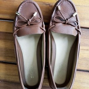 Michael Kors Women's Leather Brown Loafers Size 7